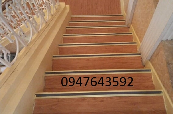 Nẹp chống trơn cầu thang